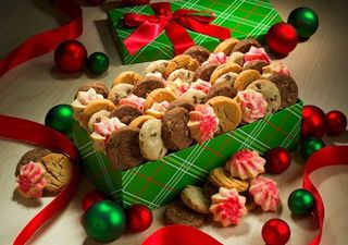 Draft_lens2267310module12384633photo_1225732177christmas-cookie-box